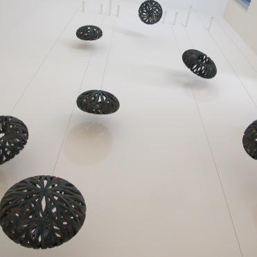 """""""Armonía de sombras de la tierra"""", 2014 (conjunto de 9 piezas)"""